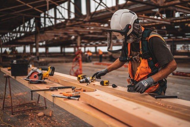 construction worker in Erisa Texas